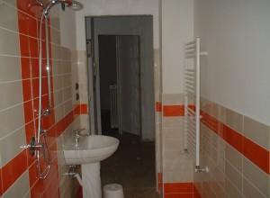 Installatori e posatori aurora costruzioni s r l s r l - Rifacimento bagno bologna ...